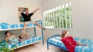 Dorm Accommodation Calypso Backpacker Resort Cairns